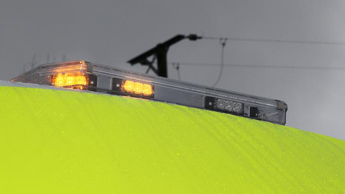 Trafficmax 1 Amber LED Lightbar.jpg