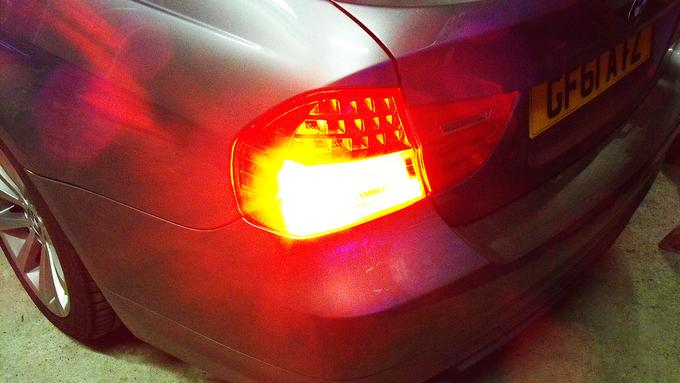 rear red hideablast covert LED in taillight