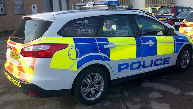 Surrey Police LED Lomax Lightbar.jpg